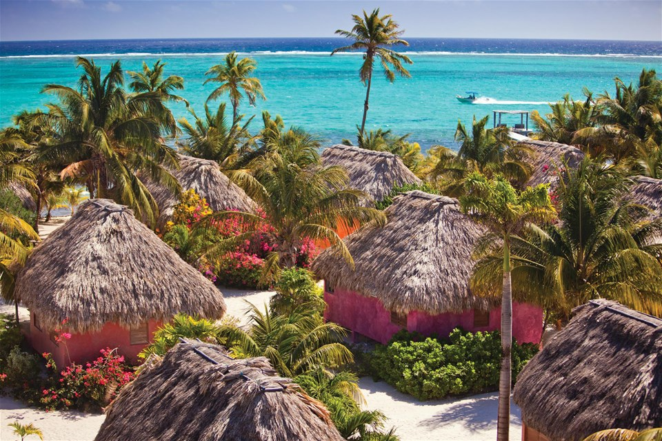 hotels in ambergris caye