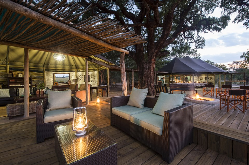 hotels in hwange national park