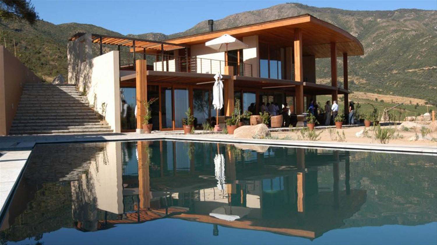Clos apalta residence vineyards winelands chile for 123 adelaide terrace perth