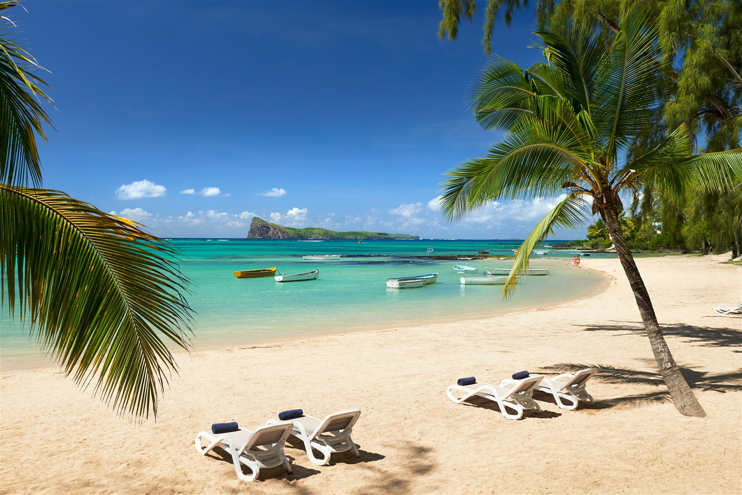 Coin de mire attitude mauritius trailfinders the travel for Hotels ile maurice