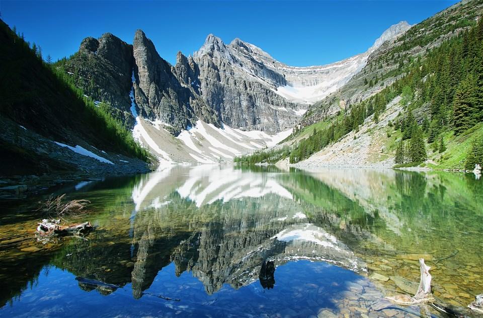 Passage Through The Rockies & Optional Alaskan Cruise