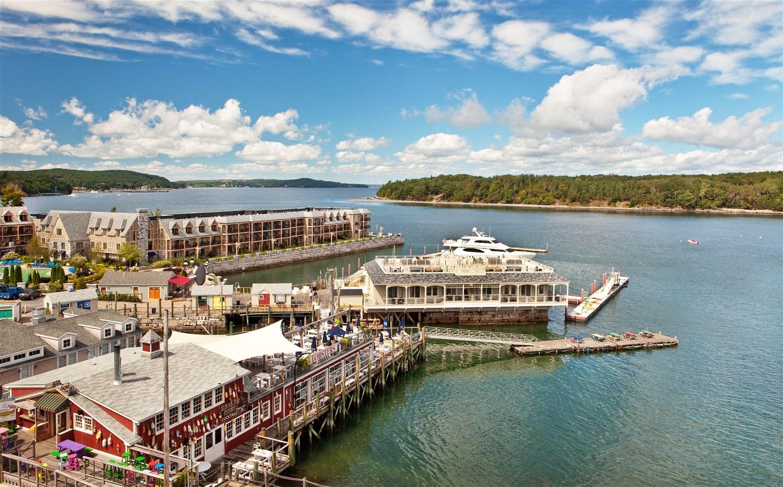 harborside hotel marina new england eastern usa. Black Bedroom Furniture Sets. Home Design Ideas