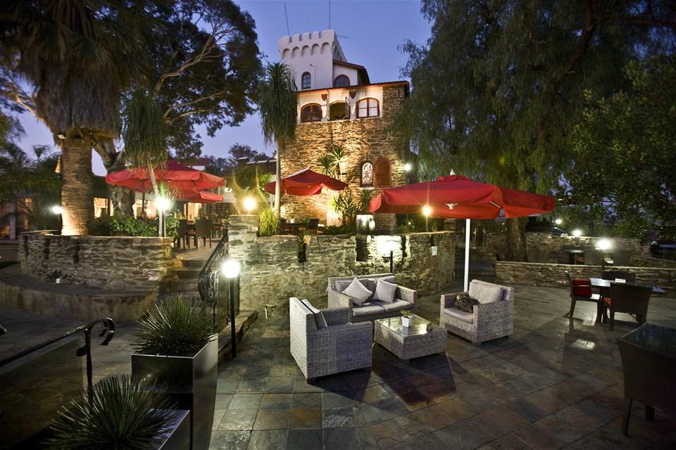hotels in windhoek