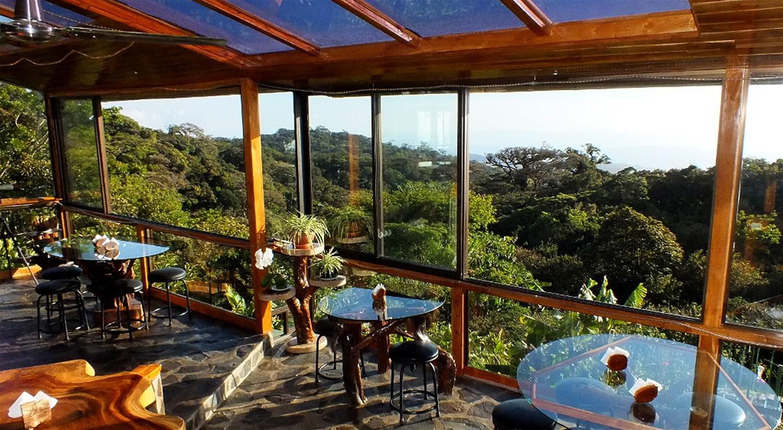 hidden canopy treehouses Monteverde costa rica & Hidden Canopy Treehouses Monteverde Costa Rica - Trailfinders ...