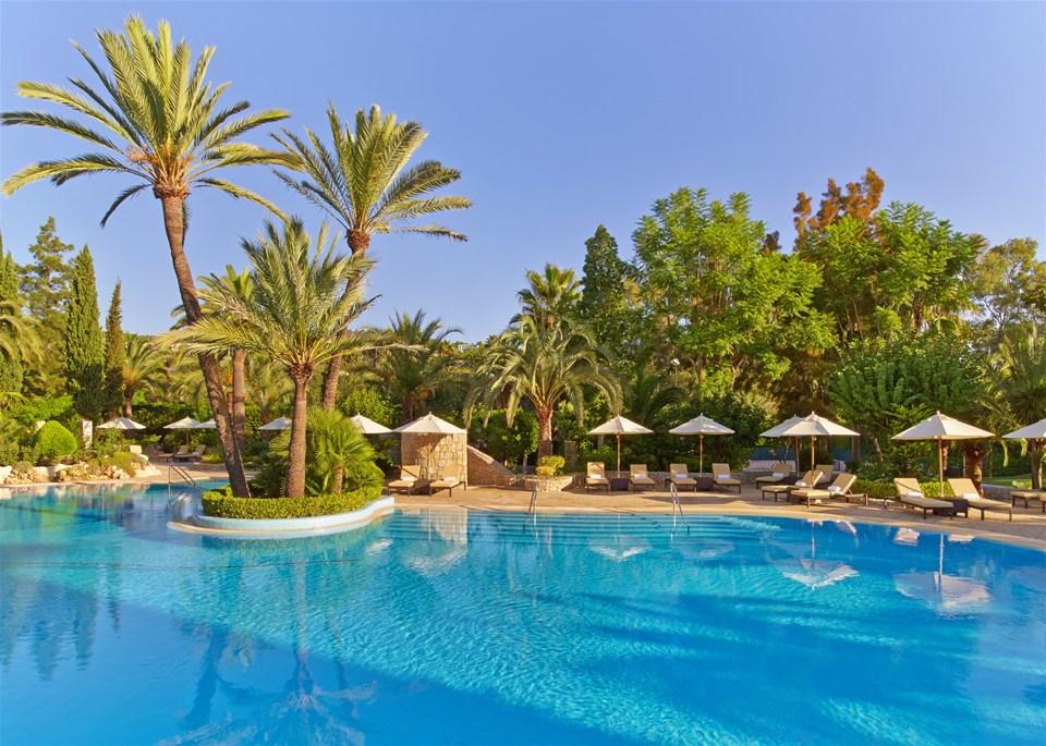 Palma de mallorca hotels trailfinders for Palma de mallorca hotels with swimming pool