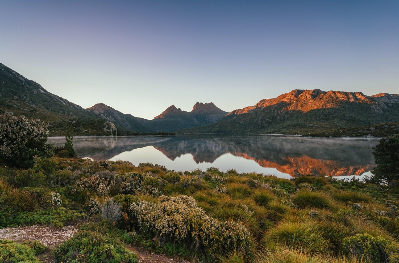 Navigating the Tasmanian Wilderness by Motorhome