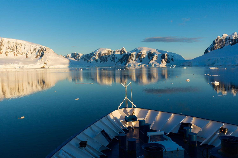 Antarctica: The Ultimate Adventure