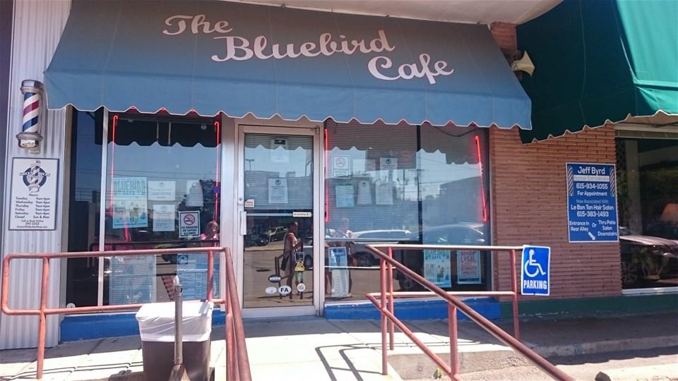 🎸 THE BLUEBIRD CAFÉ 🎸