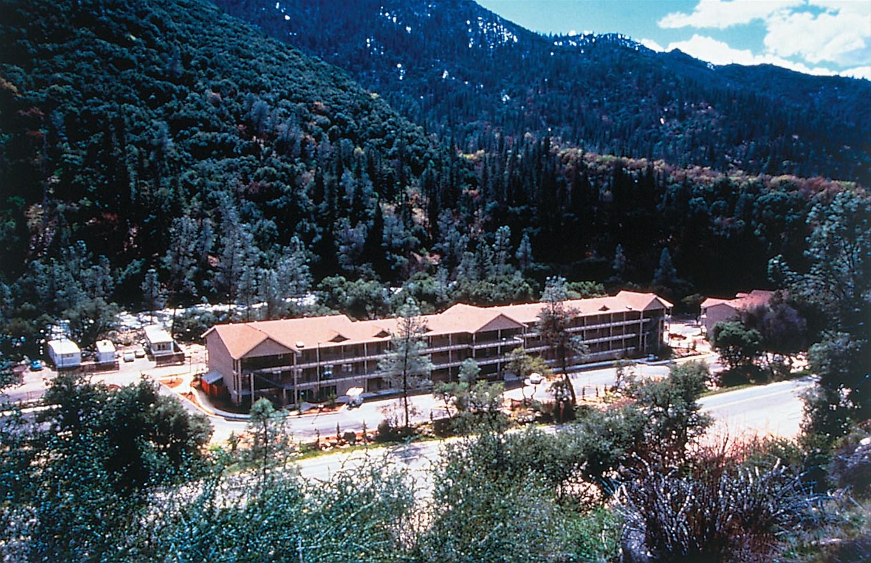 yosemity view lodge kanita hot springs oregon. Black Bedroom Furniture Sets. Home Design Ideas
