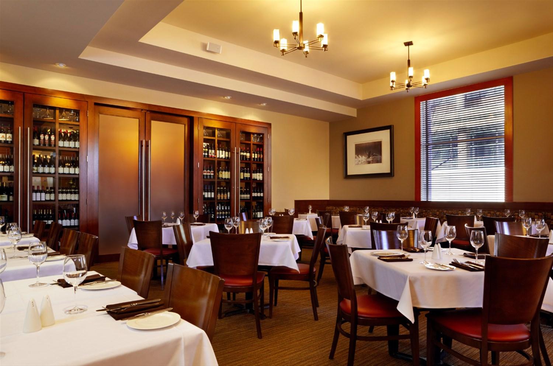 Lord Elgin Hotel Dining Room