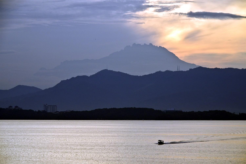 Borneo: The Land of Mist & Mystery