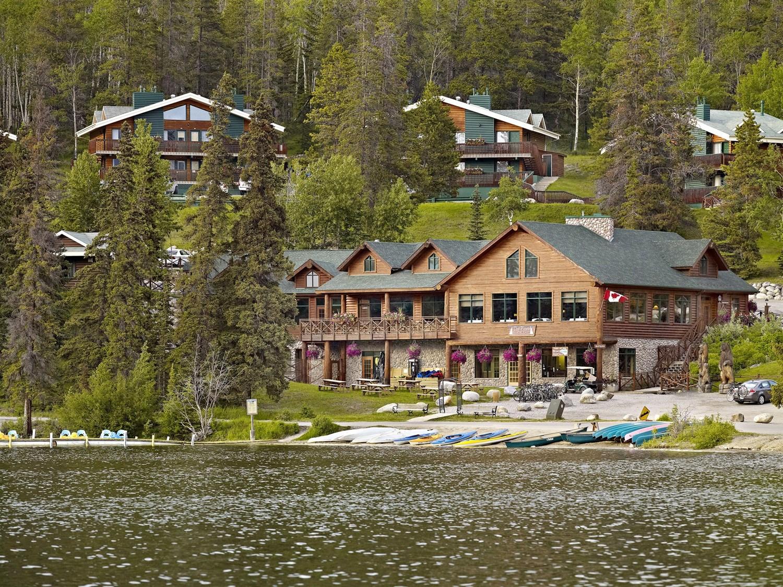 Hotels In Jasper Canada