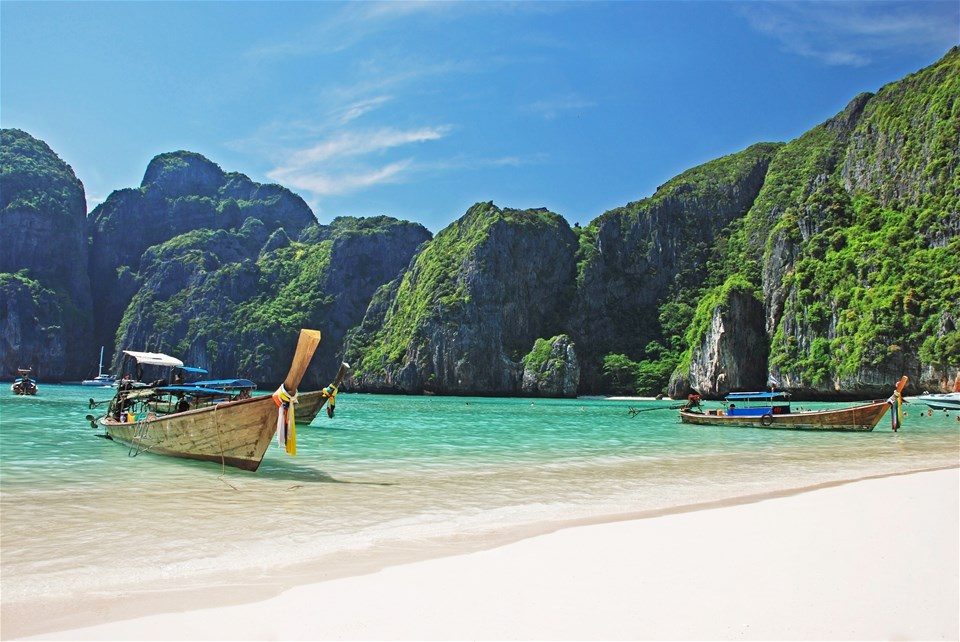 Thailand's Fabulous Fortnights