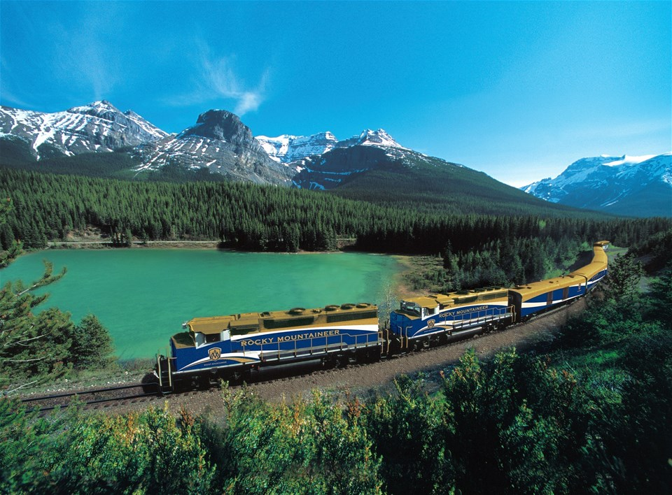 Rocky Mountaineer - good times roll