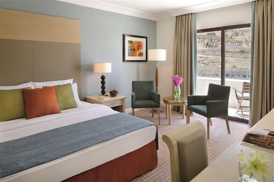 hotels in petra