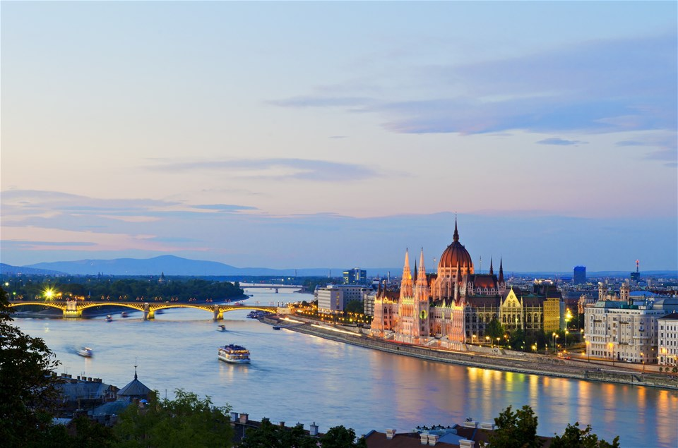 2-4-1-European-River-Cruise-Deals
