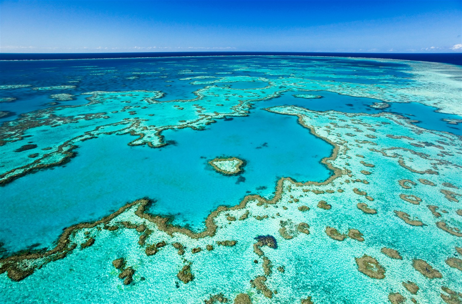 Islands of the Barrier Reef