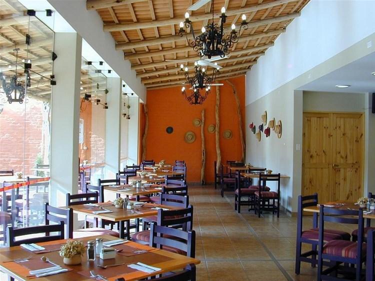 hotels in nazca