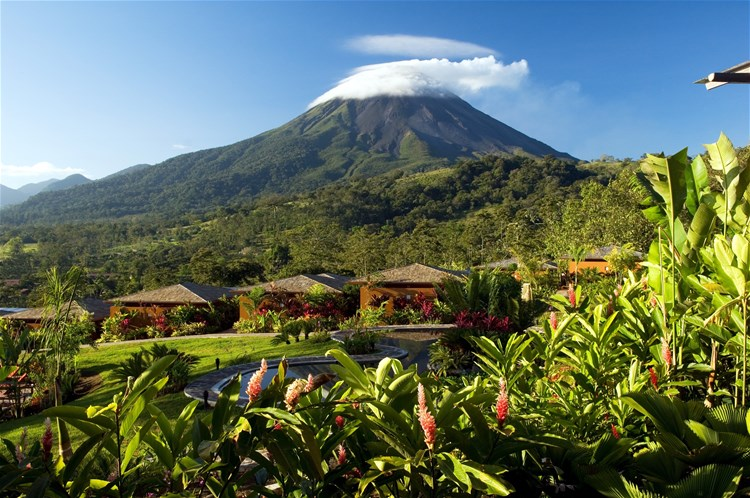 hotels in arenal