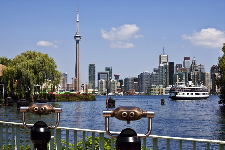 Toronto 2 Day Hop On Off Bus Tour