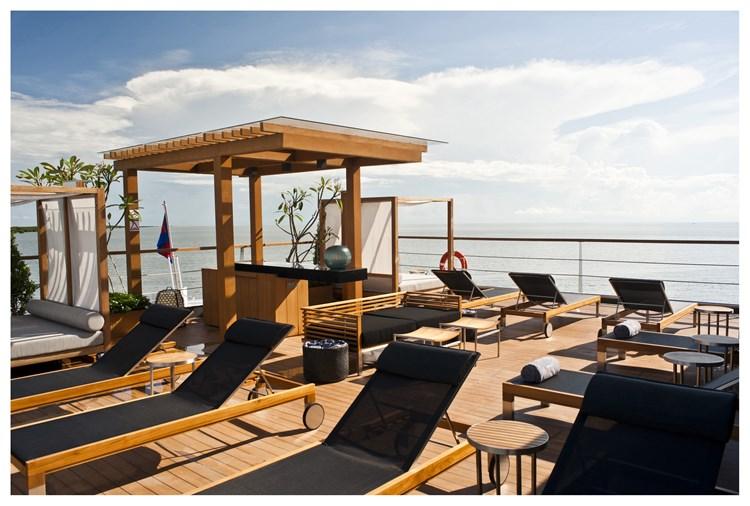 hotels in mekong river cruising